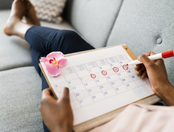 Zaden eten voor een regelmatige menstruatie cyclus.